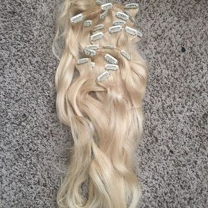 "22"" 10 Piece Clip in Human Hair Extensions 613"
